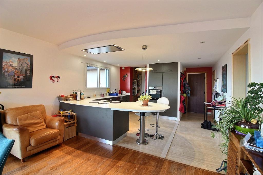 Vente Appartement de 4 pièces 121 m² - DIVONNE LES BAINS 01220 | IMOGROUP DOUVAINE - IMOGROUP photo3