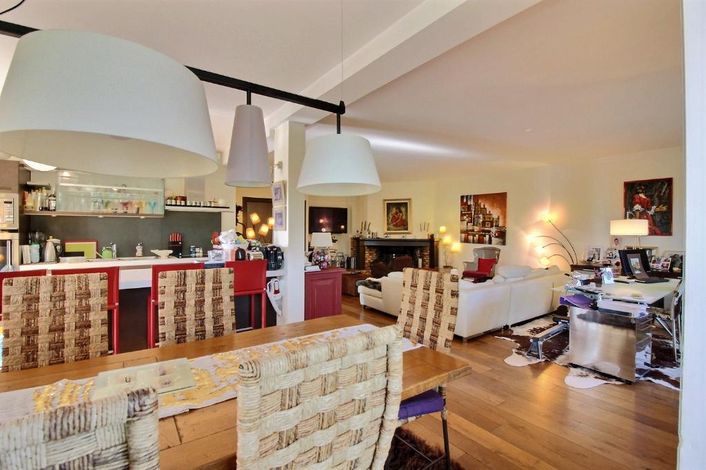 Vente Appartement de 4 pièces 147 m² - DIVONNE LES BAINS 01220   IMOGROUP DOUVAINE - IMOGROUP photo2