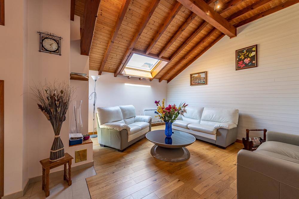 Vente Maison de 7 pièces 210 m² - CHATILLON SUR CLUSES 74300 | IMOGROUP DOUVAINE - IMOGROUP photo4