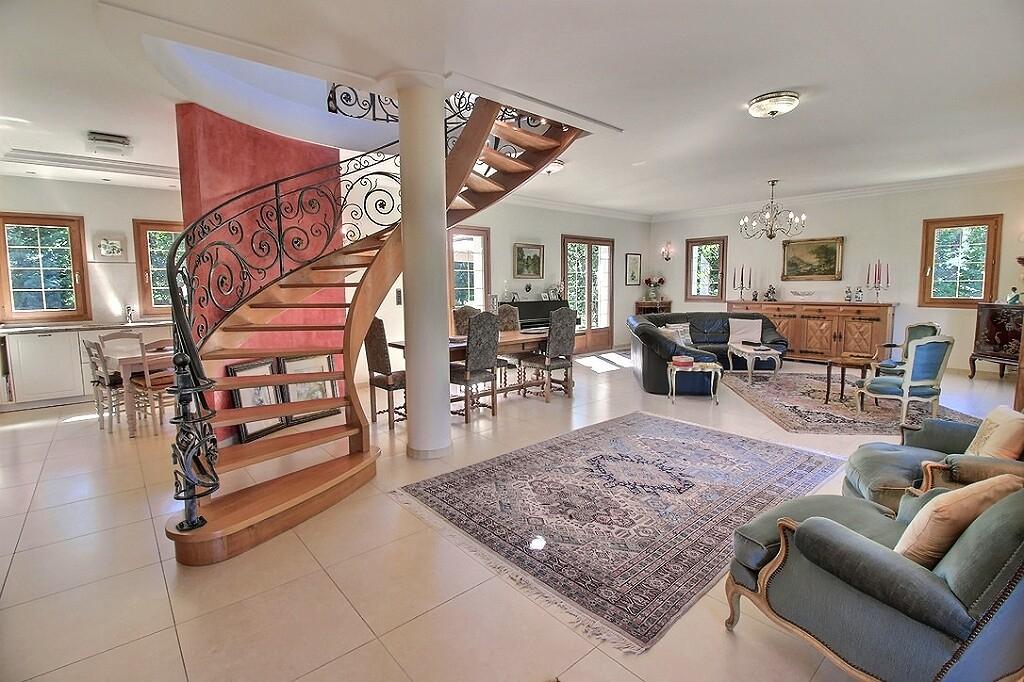 Vente Maison de 6 pièces 177 m² - EVIAN LES BAINS 74500 | IMOGROUP EVIAN - IMOGROUP photo2