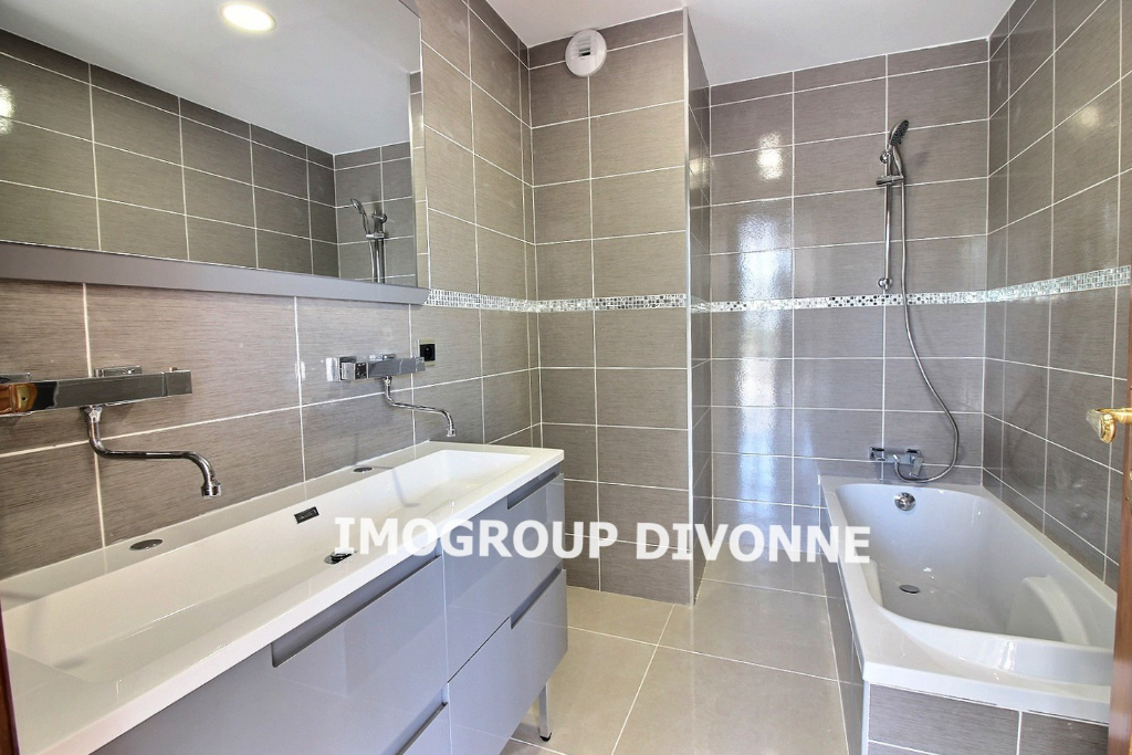 Vente Appartement de 8 pièces 222 m² - DIVONNE LES BAINS 01220   IMOGROUP DOUVAINE - IMOGROUP photo5