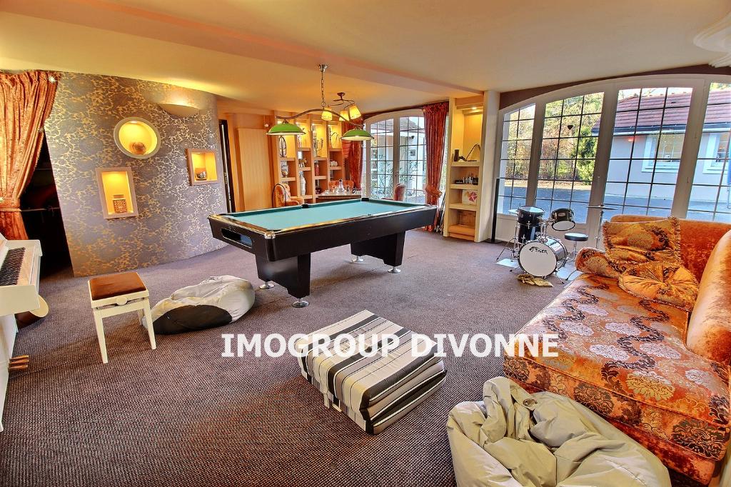 Vente Maison de 9 pièces 270 m² - DIVONNE LES BAINS 01220   IMOGROUP DOUVAINE - IMOGROUP photo1
