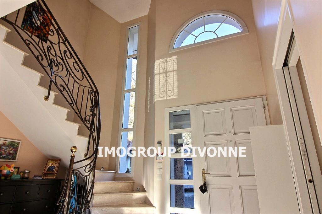 Vente Maison de 9 pièces 270 m² - DIVONNE LES BAINS 01220   IMOGROUP DOUVAINE - IMOGROUP photo3
