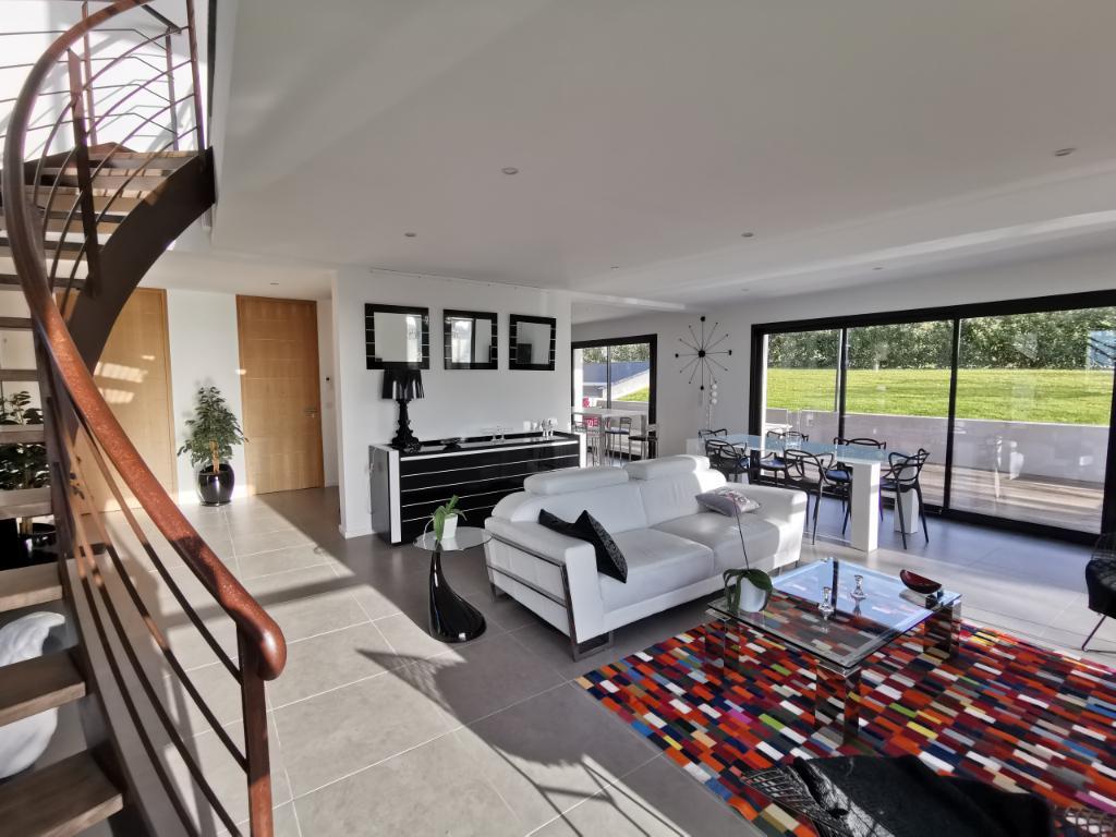 Vente Maison de 6 pièces 213 m² - GAILLAC 81600 | IMOGROUP GAILLAC - IMOGROUP photo1