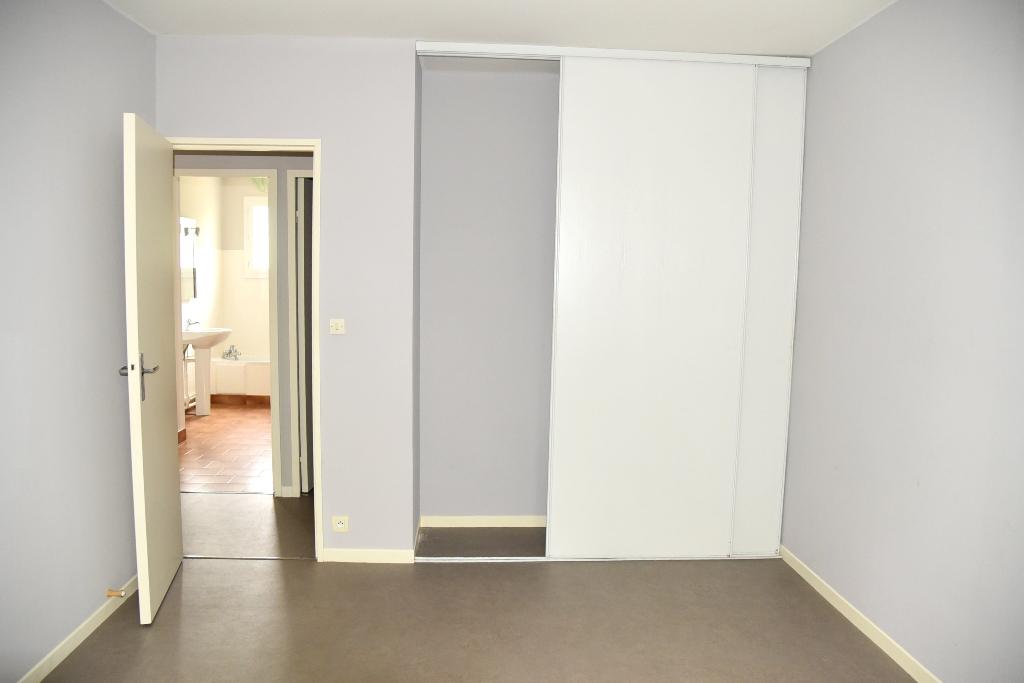 Vente Maison de 4 pièces 95 m² - LAVAUR 81500 | IMOGROUP ST SULPICE - IMOGROUP photo5