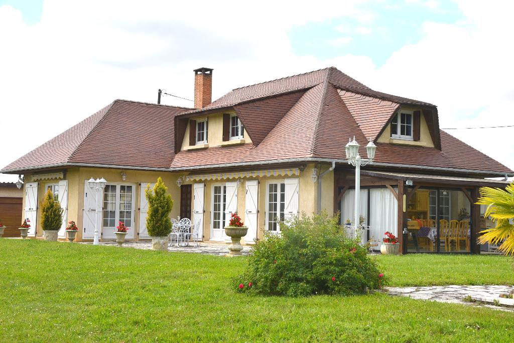 Vente Maison de 6 pièces 200 m² - RABASTENS 81800 | IMOGROUP ST SULPICE - IMOGROUP photo1