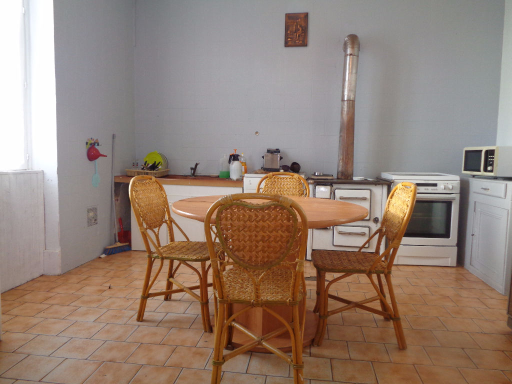 Vente Maison de 6 pièces 170 m² - VARENNES SUR ALLIER 03150   IMOGROUP LAPALISSE - IMOGROUP photo3