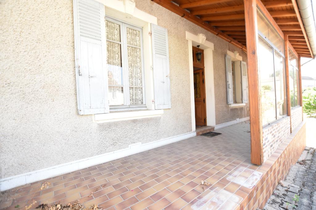 Vente Maison de 4 pièces 140 m² - LAPALISSE 03120   IMOGROUP LAPALISSE - IMOGROUP photo4
