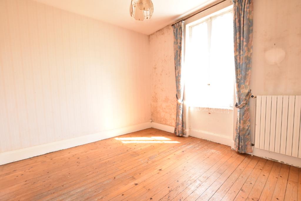 Vente Maison de 4 pièces 140 m² - LAPALISSE 03120   IMOGROUP LAPALISSE - IMOGROUP photo7