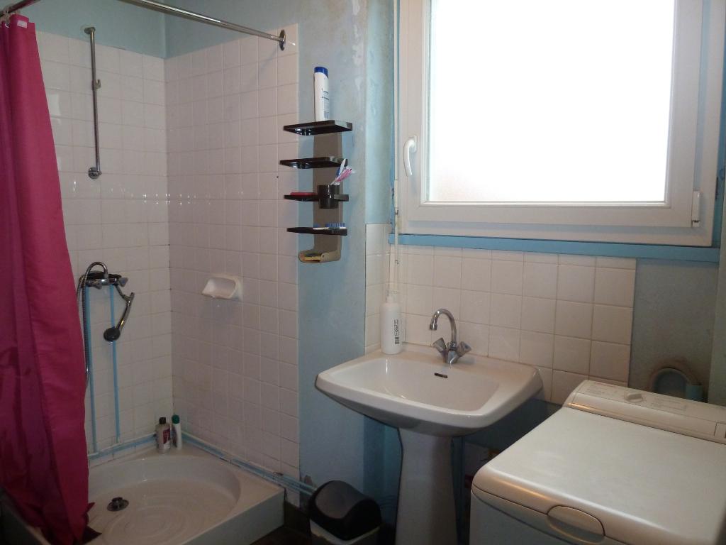 Vente Maison de 5 pièces 100 m² - CUSSET 03300 | IMOGROUP LAPALISSE - IMOGROUP photo7