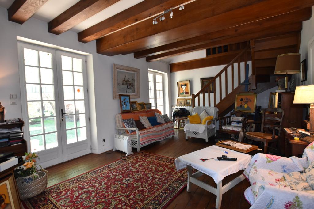 Vente Maison de 6 pièces 140 m² - JALIGNY SUR BESBRE 03220 | IMOGROUP LAPALISSE - IMOGROUP photo2
