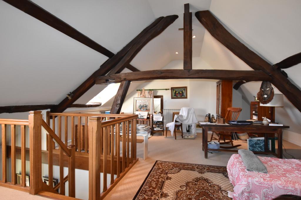 Vente Maison de 6 pièces 140 m² - JALIGNY SUR BESBRE 03220 | IMOGROUP LAPALISSE - IMOGROUP photo5