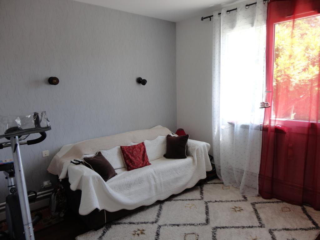 Vente Maison de 5 pièces 100 m² - LAPALISSE 03120 | IMOGROUP LAPALISSE - IMOGROUP photo5