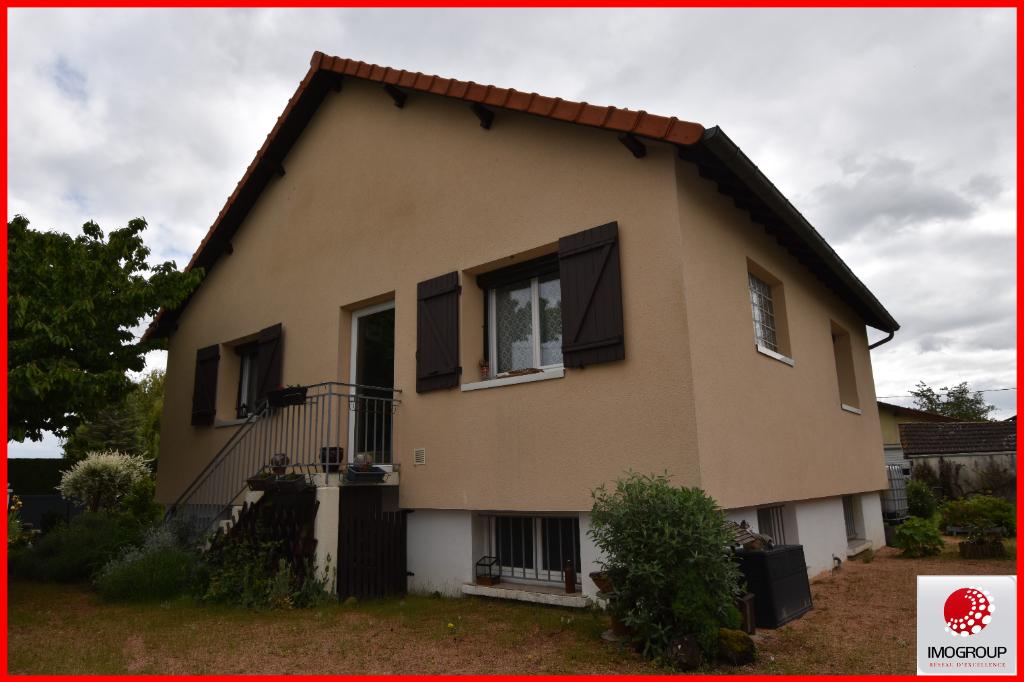 Vente Maison de 4 pièces 75 m² - ESCUROLLES 03110   IMOGROUP LAPALISSE - IMOGROUP photo1