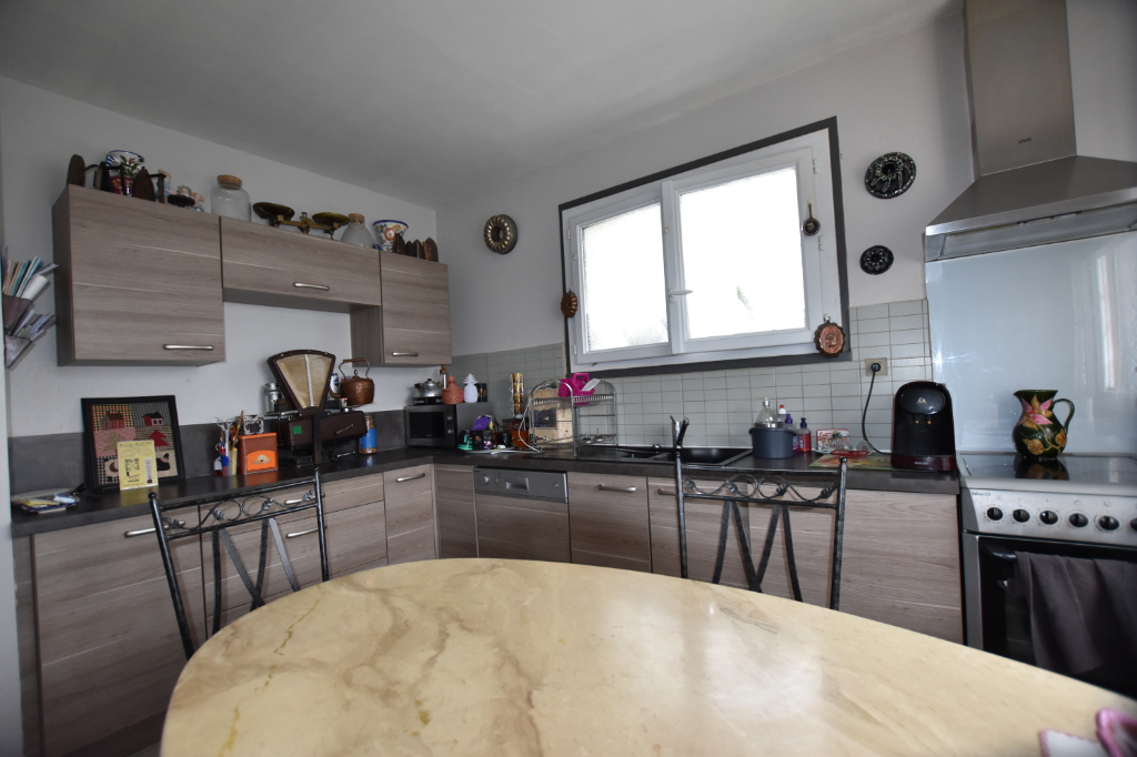 Vente Maison de 4 pièces 75 m² - ESCUROLLES 03110   IMOGROUP LAPALISSE - IMOGROUP photo3