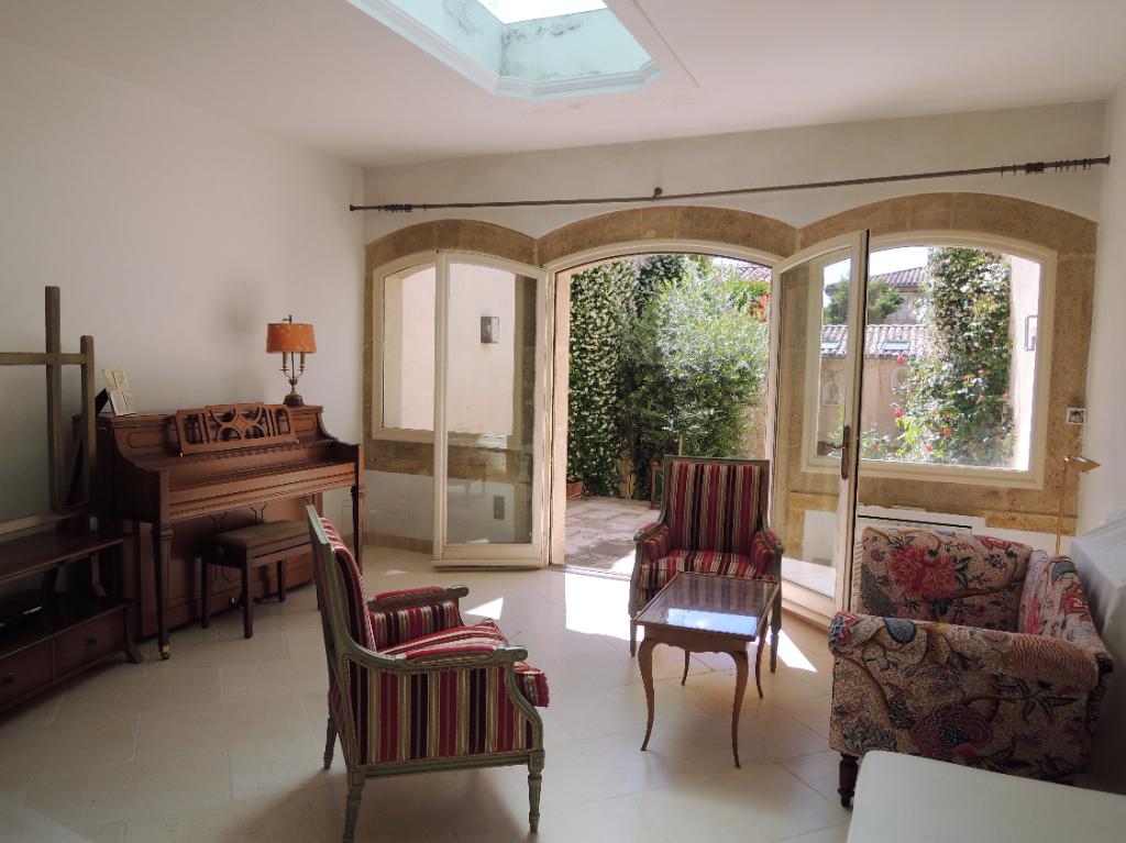 Vente Maison de 8 pièces 200 m² - LA ROQUE D ANTHERON 13640 | IMOGROUP LA ROQUE D
