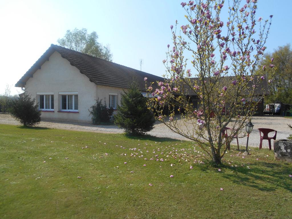 Vente Maison de 11 pièces 257 m² - CHALON SUR SAONE 71100   IMOGROUP LOUHANS - IMOGROUP photo1