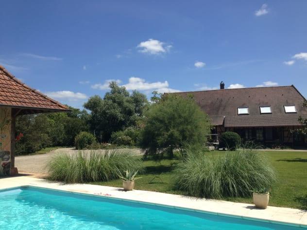 Vente Maison de 6 pièces 260 m² - SAINT GERMAIN DU BOIS 71330 | IMOGROUP LOUHANS - IMOGROUP photo1