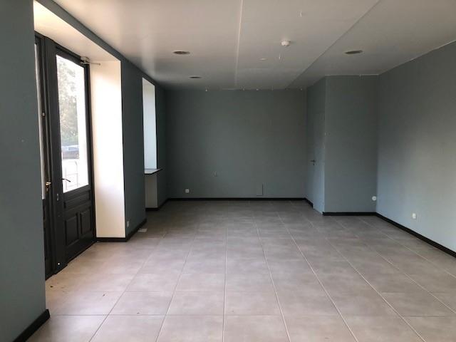 Location Local de 2 pièces 80 m² - TOURNUS 71700 | IMOGROUP TOURNUS - IMOGROUP photo1