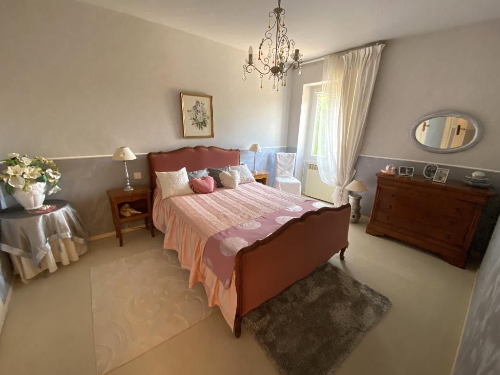 Vente Maison de 13 pièces 305 m² - FARGES LES MACON 71700   IMOGROUP TOURNUS - IMOGROUP photo11