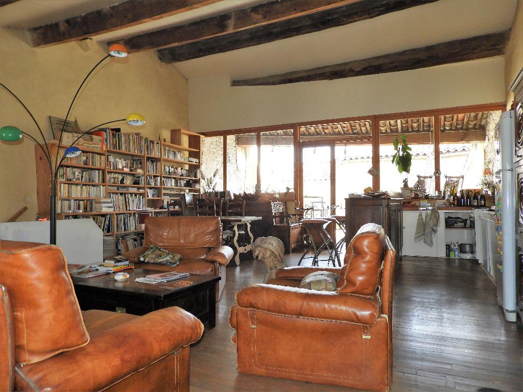 Photo Gignac. Maison de village de 170m² hab + pièces annexes et terrasse image 2/6