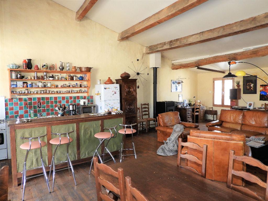 Photo Gignac. Maison de village de 170m² hab + pièces annexes et terrasse image 3/6
