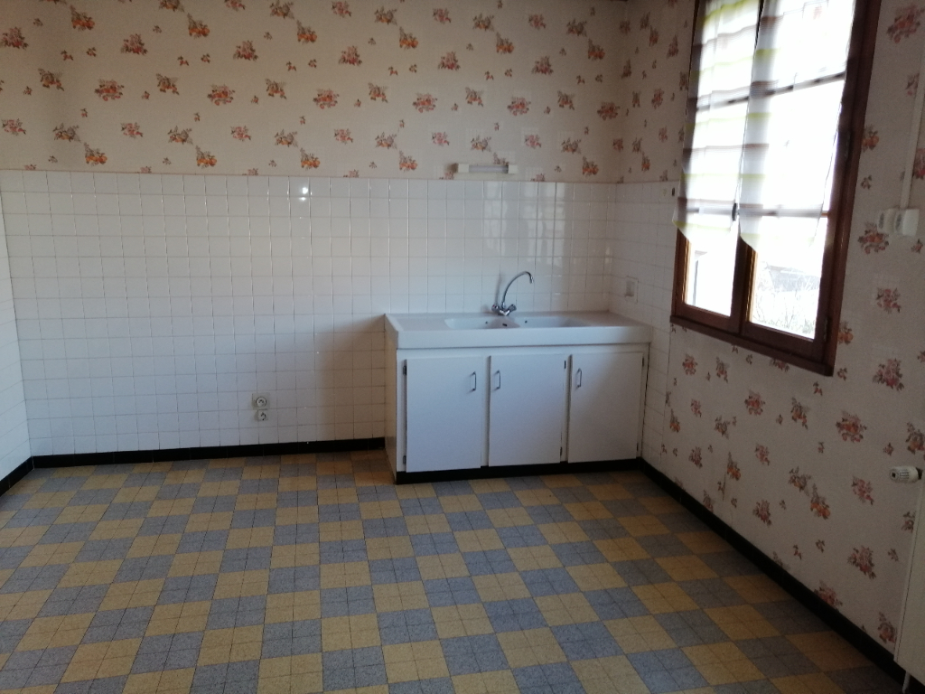 Sale house / villa Arthemonay 225000€ - Picture 5