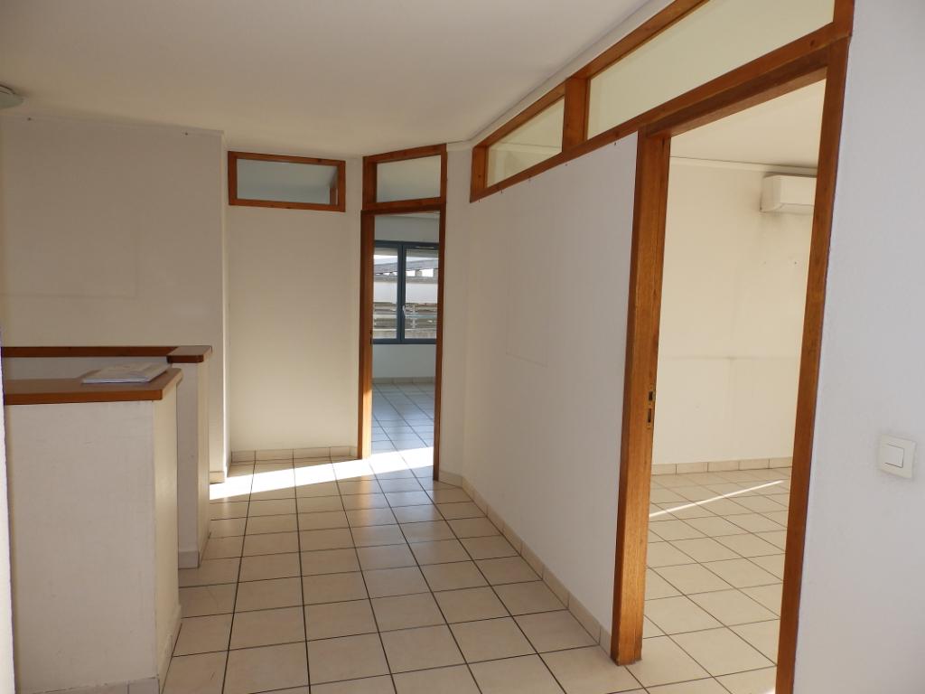 Sale apartment Romans sur isere 120000€ - Picture 3