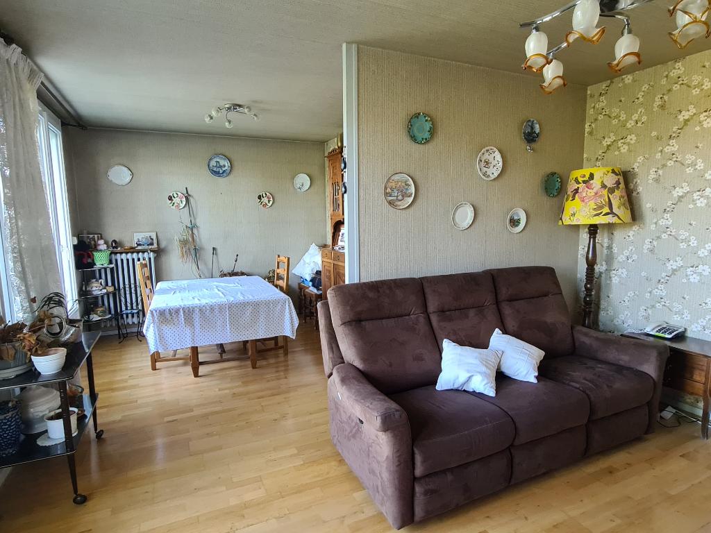 Sale apartment Romans sur isere 92500€ - Picture 3