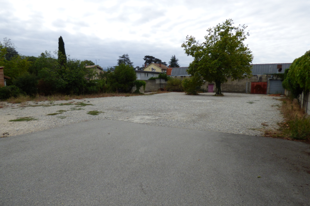 Sale empty room/storage Romans sur isere 630 000€ - Picture 1