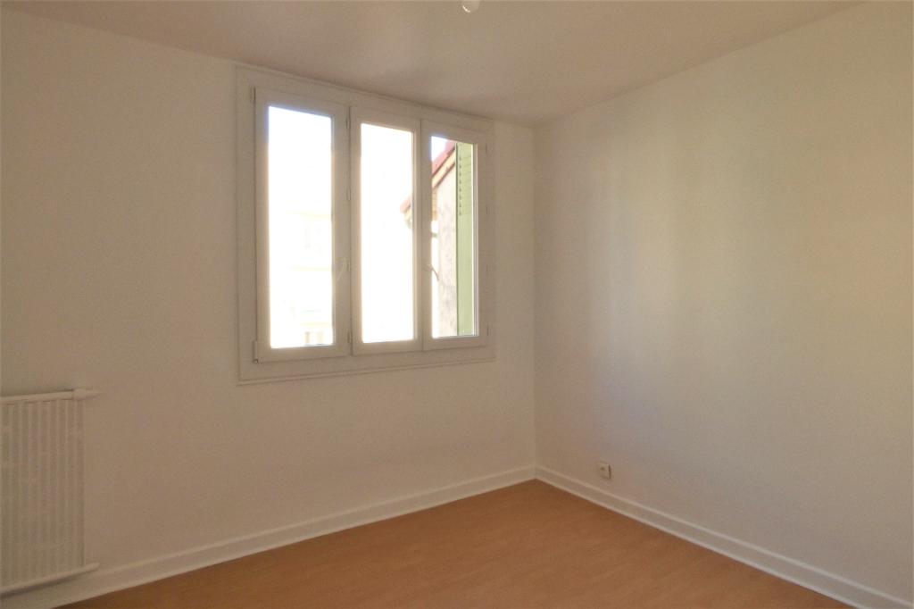 Location appartement Romans sur isere 545€ CC - Photo 4