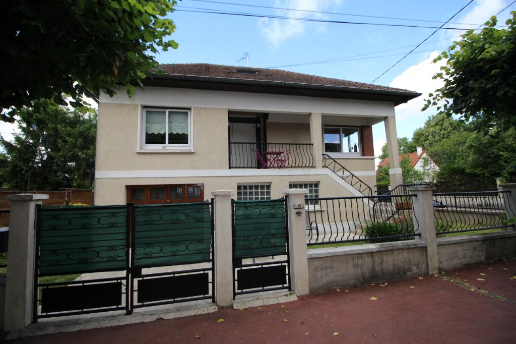 Maison Gagny 5 pièce(s) 140 m2