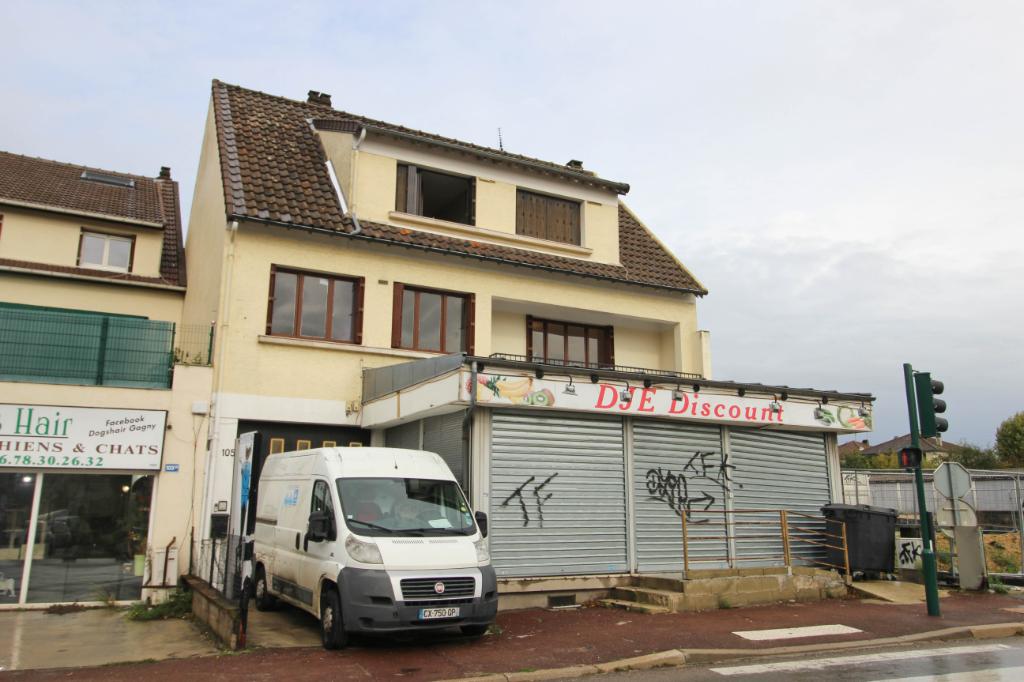 2 Appartements et locaux commerciaux