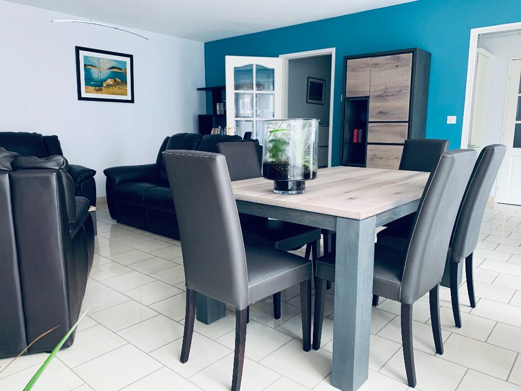 Sale apartment Valenciennes 181000€ - Picture 2