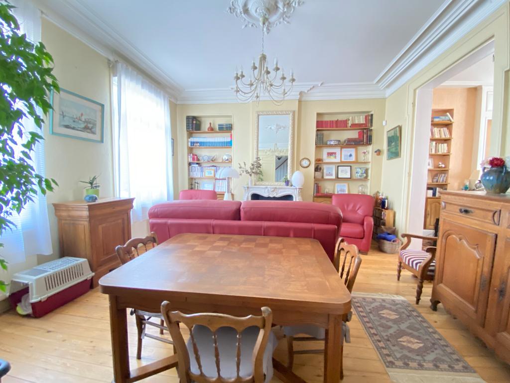 Sale house / villa Ferriere la grande 182000€ - Picture 2