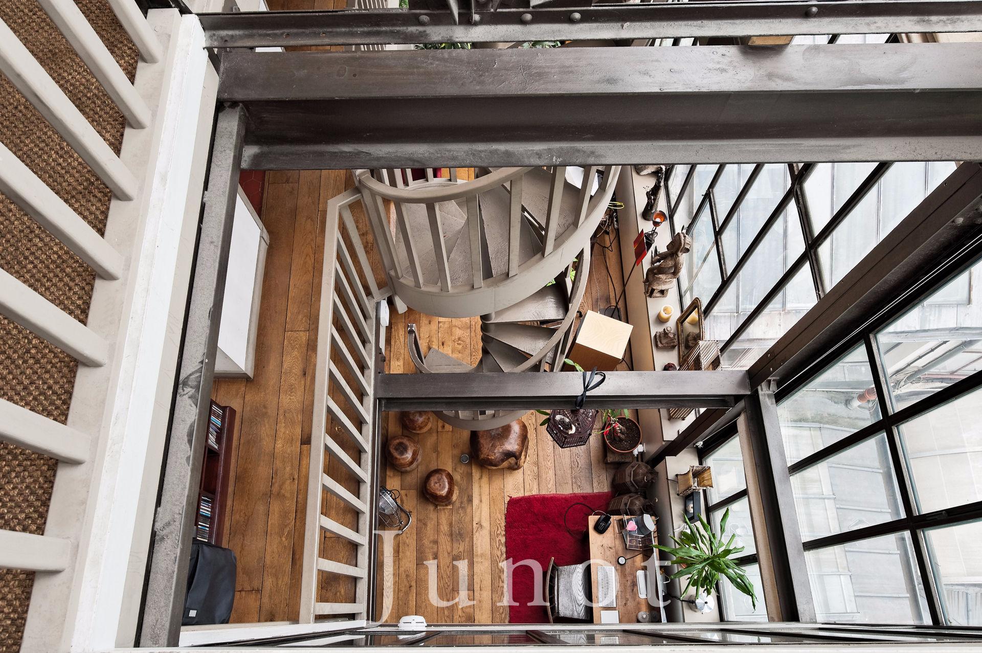 paris 18 me junot. Black Bedroom Furniture Sets. Home Design Ideas