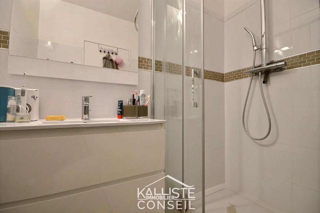 Vente Appartement de 2 pièces 56 m² - AJACCIO 20000   KALLISTE CONSEIL - AR photo5