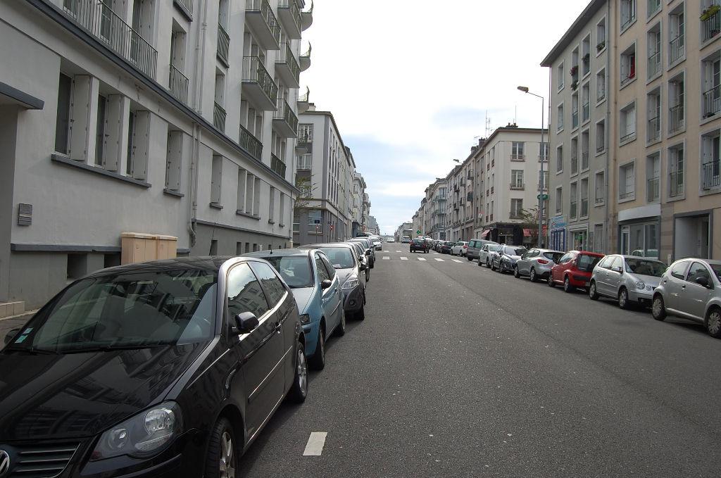 brest rue de lyon place de parking en sous sol brest 29200