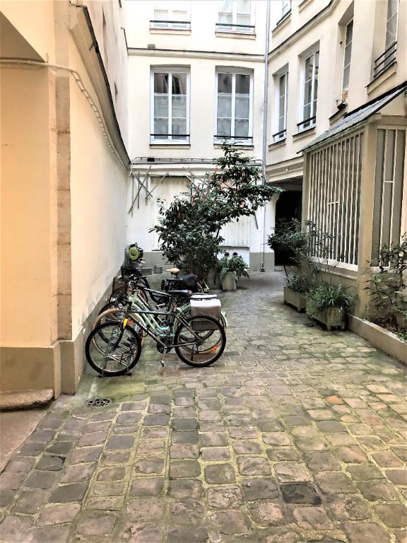 Vente appartement Paris 1er 695000€ - Photo 8