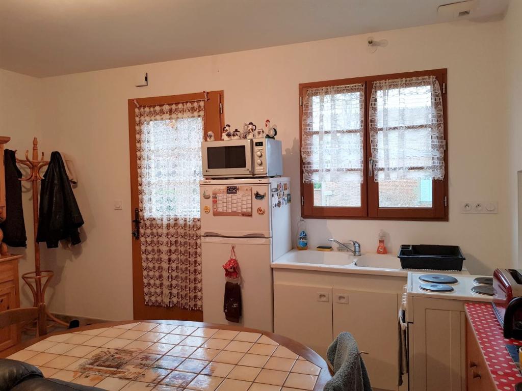 Rental house / villa Vannes sur cosson 680€ CC - Picture 3