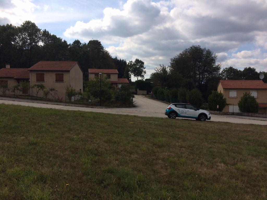 SAINTE SIGOLENE Villa de plain pied de 3 chambres + garage