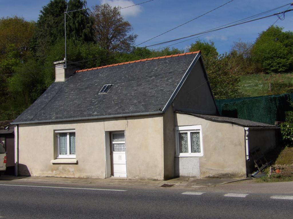 Sale house / villa Saint hernin 23500€ - Picture 1