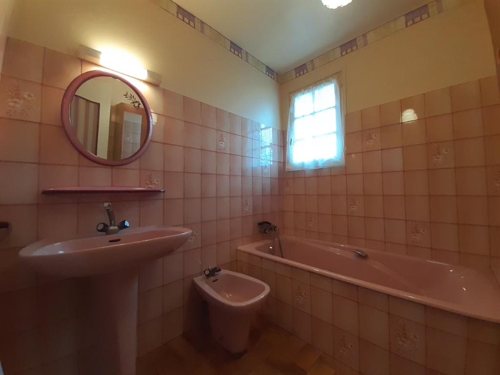 Sale house / villa Spezet 69760€ - Picture 13