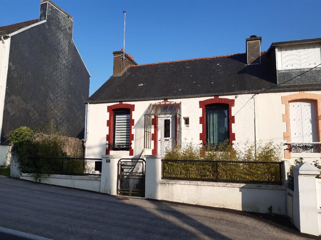 Sale house / villa Carhaix plouguer 96300€ - Picture 1