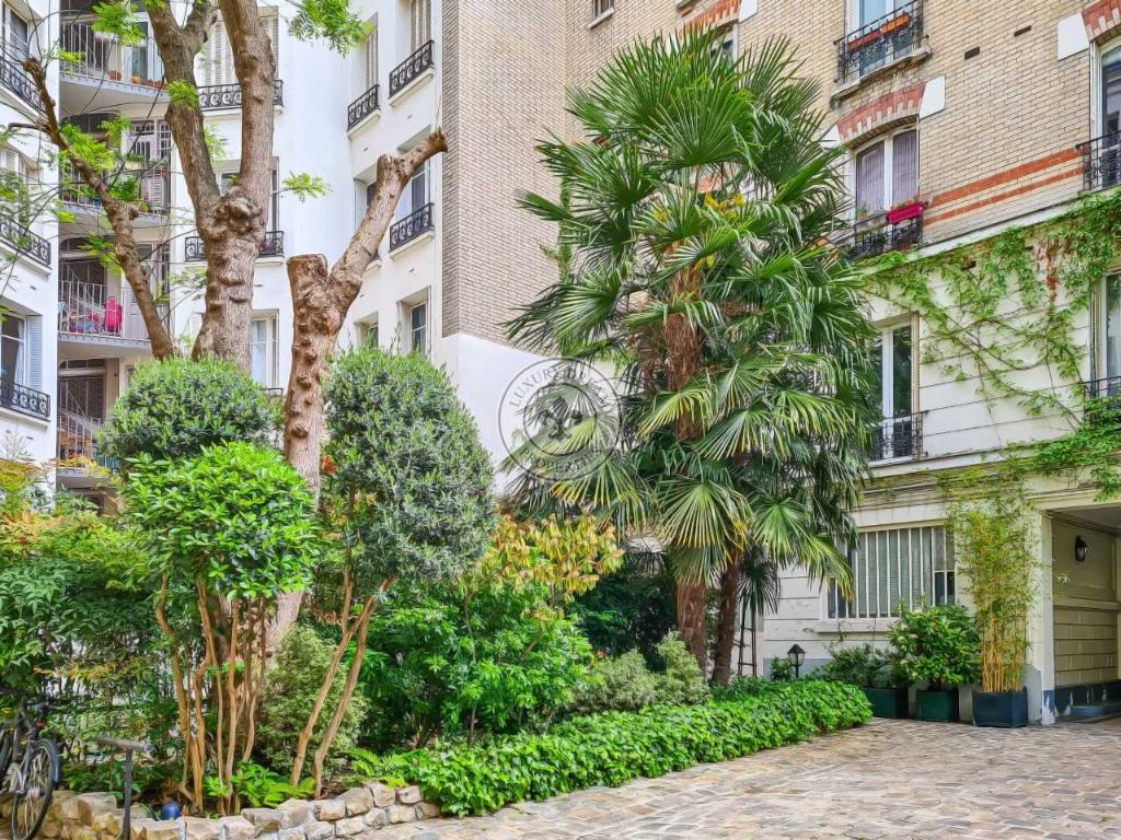 Vente Appartement de 5 pièces 120 m² - PARIS 75014 | LUXURY DREAM PROPERTIES - AR photo2