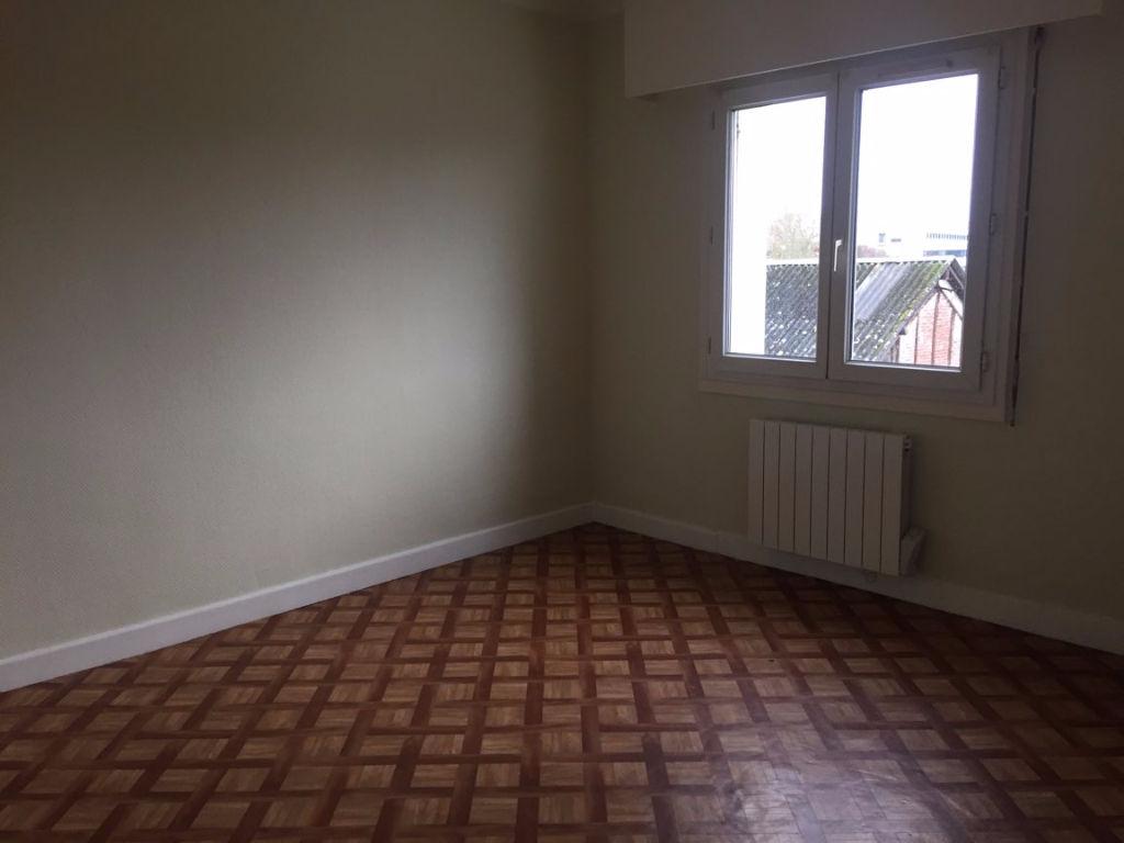A vendre Appartement à  LE NEUBOURG  (27110)