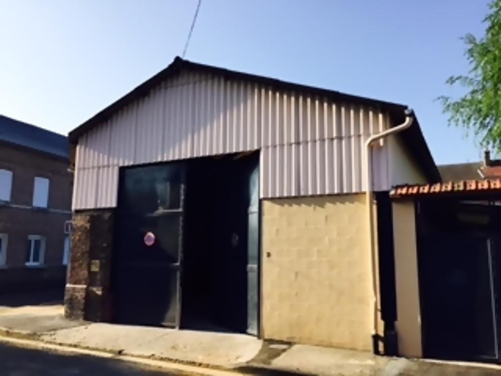 A vendre Local Professionnel à  CAUDEBEC LES ELBEUF  (76320)
