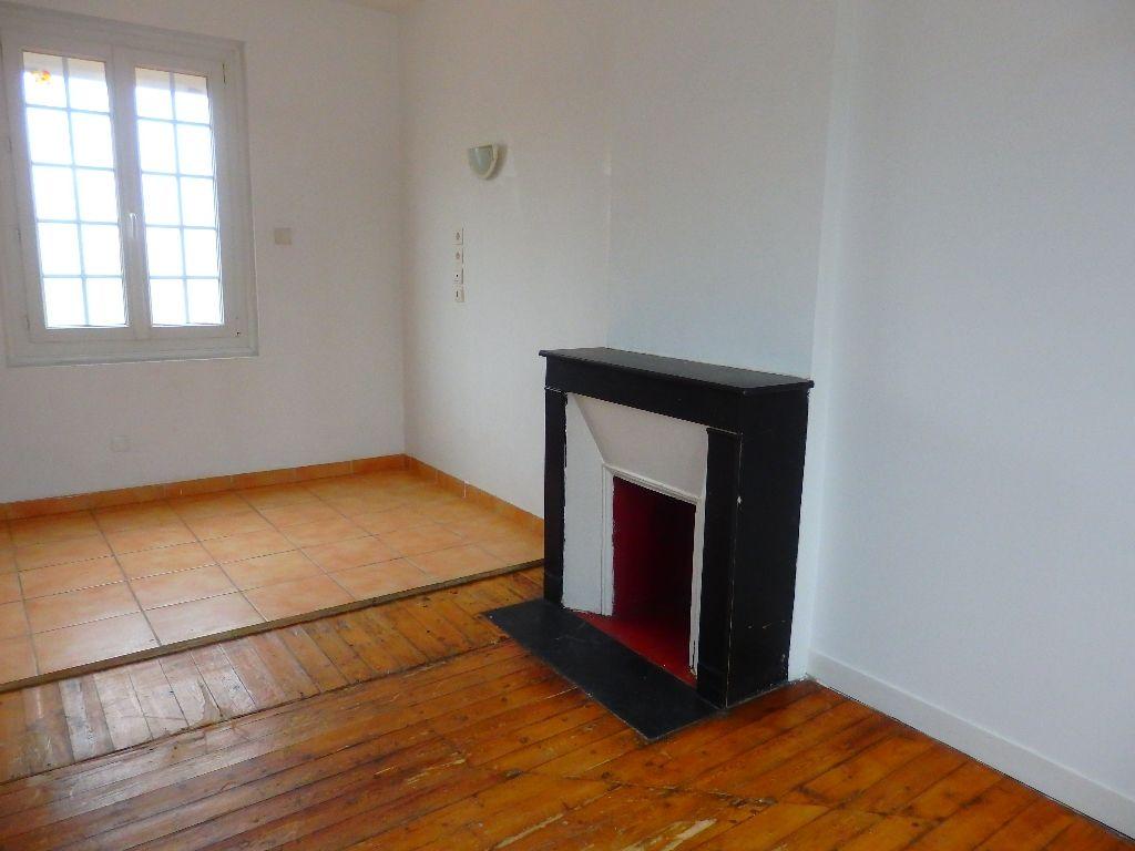 A vendre Appartement à  ST ETIENNE DU ROUVRAY  (76800)