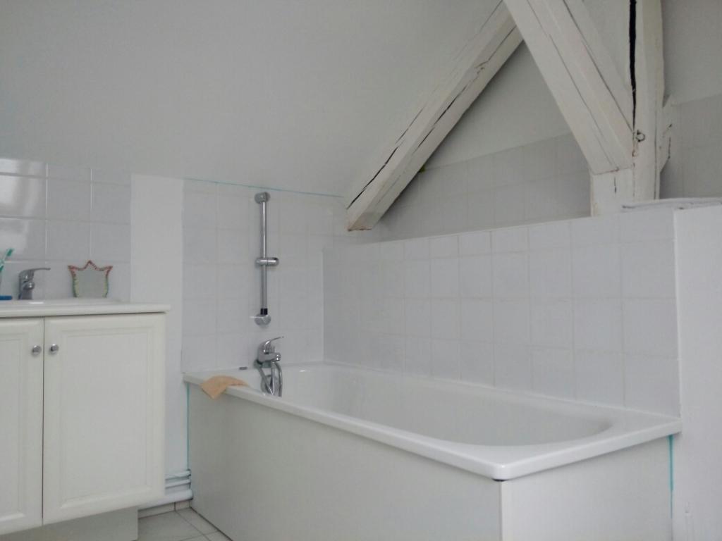 Appartement T4 en Duplex sur ELBEUF 70 m2