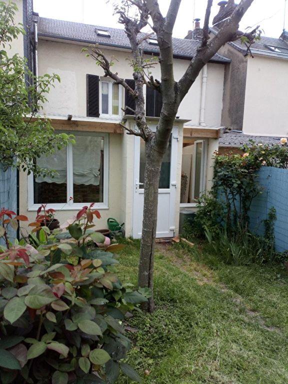 A vendre Maison à  SOTTEVILLE LES ROUEN  (76300)